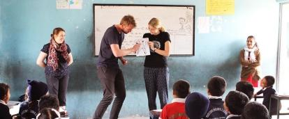 Projects Abroad volunteers run a dental hygiene class at our volunteer teaching placements in Nepal.